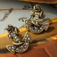 Retro and Chic Style Anchor Pattern and Faux Jewels Decorated Earrings