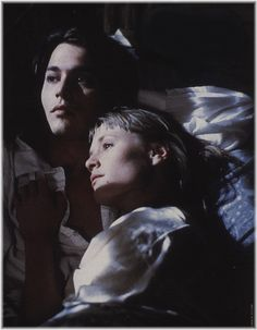 Sam and Joon from Benny and Joon in 1994 Young Johnny Depp, Here's Johnny, Johnny Depp Movies, Tim Burton, Benny And Joon, Johny Depp, Mary Stuart, Chef D Oeuvre, Favorite Person