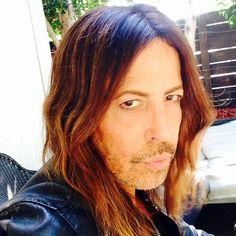 Steven Cojocaru Oct 2014 Beautiful Men, Long Hair Styles, Beauty, Cute Guys, Long Hairstyle, Long Haircuts, Long Hair Cuts, Beauty Illustration, Long Hairstyles