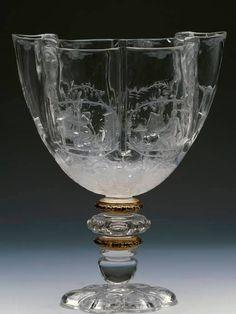 Coupe des quatre saisons, en cristal de roche, attribuée à l'atelier des Saracchi, Italie (Milan), fin du XVIe siècle - Collection du Grand Dauphin, fils de Louis XIV – Madrid, Musée National du Prado.