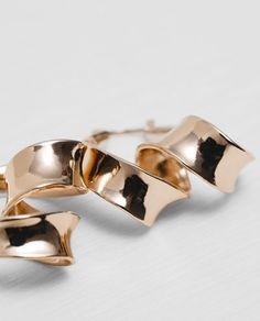 TWISTED HOOP EARRINGS-Accessories-WOMAN-NEW IN   ZARA United States