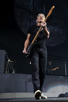 Untitled — more-relics: Roger Waters
