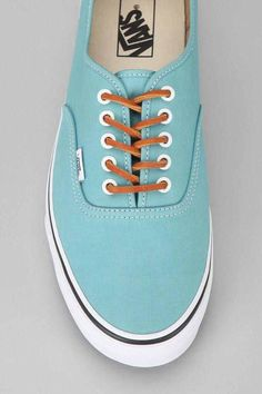 I really want these. The colour is amazing. 490c5672658