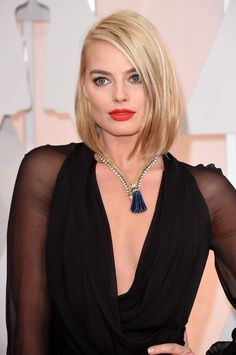 Margot Robbie Photos Photos - Actress Margot Robbie attends the Annual Academy Awards at Hollywood & Highland Center on February 2015 in Hollywood, California. - Arrivals at the Annual Academy Awards — Part 3 Margo Robbie, Margot Elise Robbie, Margot Robbie Harley Quinn, Atriz Margot Robbie, Margot Robbie Photos, Actress Margot Robbie, Prettiest Actresses, Trendy Haircuts, Actrices Hollywood