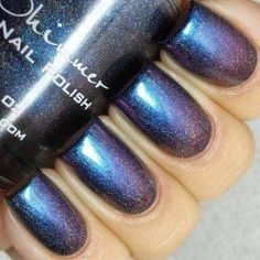 Rollin' With The Chromies Linear Holographic Nail Polish- 0.5 oz Full Sized Bottle KBShimmer http://www.amazon.com/dp/B00GHNOQ54/ref=cm_sw_r_pi_dp_D8otwb1J381G5