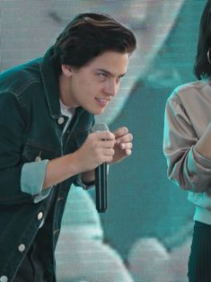 cole and dylan sprouse Cute Quirky Funny Cole Sprouse Jughead Jones in Bench Philippines! Riverdale Funny, Riverdale Memes, Riverdale Cast, Sprouse Bros, Dylan Sprouse, Meme Faces, Funny Faces, Archie Comics Riverdale, Cole Sprouse Funny