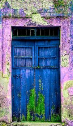 Lots of texture with this bright blue door in Mérida, Yucatán, Mexico(via Pin by Elizabete Guima on doors & windows Cool Doors, Unique Doors, Knobs And Knockers, Door Knobs, When One Door Closes, Door Gate, Door Entry, Grand Entrance, Painted Doors
