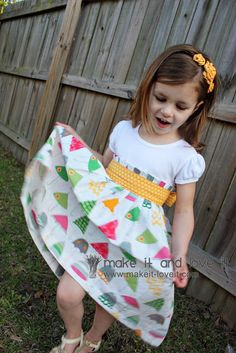 No pattern dress with reurposed tshirt! Re-Purposing: T-Shirt into Dress | Make It and Love It