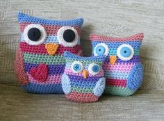 Tracing the Rainbow: Stripy Owl Family - free crochet pattern