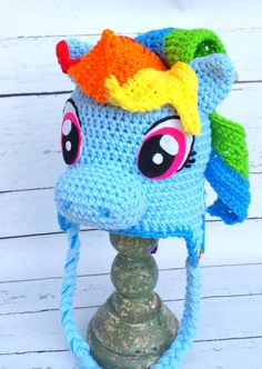 This listing is for one horse hat.Pink,Purple or blue. This hat is made to order. This adorable hat can be made in any size. Please specify size when ordering! 18,5-19.5-(1-2y.old) 19.5-20(2-4 y.old) 20,5-21(4-6 y.old) 21-21.5 (6-8 y.old) 8-10y.old 10-15y.old Please provide a head