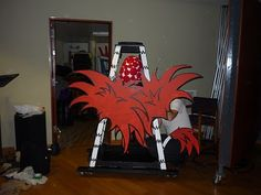 """Horten's nest I created for Seussical  from """"Looking Glass Theatre""""  ©Carolyn Watson Dubisch"""