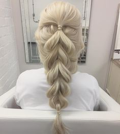 """8,021 Likes, 42 Comments - Beth Belshaw (@sweethearts_hair_design) on Instagram: """"Mermaid Pull Through Braid for a client yesterday. No extensions! All her natural hair. Jealous?…"""""""