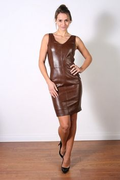 (notitle) - Sexy is - when she wears a leather dress! Leather Mini Dress, Leather Dresses, Leather Outfits, Leather Skirts, Cool High Heels, Leather Lingerie, Latex Dress, Leather Fashion, Steampunk Fashion