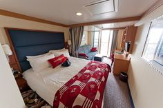 This is the view as you enter your stateroom.    DIsney Cruise Line - Disney Dream | Stateroom 9648  Deluxe Oceanview Stateroom with Verandah (Category 5A)    A richly appointed and spacious accommodation tailored for families of 3 or 4 featuring an elega Go to