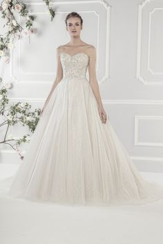@Bellethemagazine wedding dresses | Ellis Bridals Classic Collection | Floor Ivory Ball Gown Sweetheart $$ ($1,001-2,000)