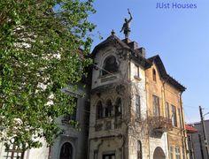0106 Episcopul Radu, București RO 28.3.18 Old City, Barcelona Cathedral, Building, House, Travel, Art, Pictures, Art Background, Viajes