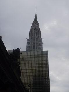 Chrysler sullo sfondo