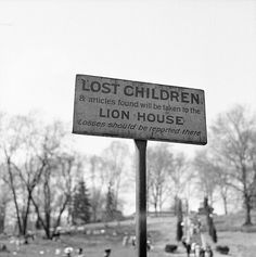 .Esther Bubley:  Washington, D.C. A sign at the National Zoological Park.  May 1943.