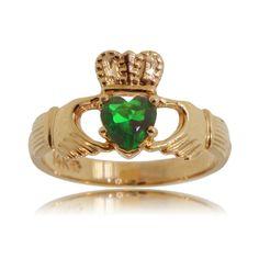 Emerald Claddaugh Celtic Ring