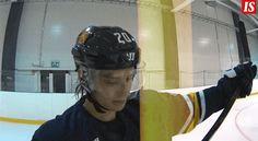 Make Hockey, Not Hate — I'm so here for hairflipping, giggling Sebastian...