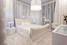 Royal white bed room