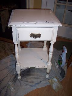 Uniquely Chic Furniture: Blue and White Mosaic Side Table