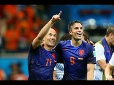 Arjen Robben and RVP destroyed spain