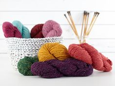 Plymouth Taria Tweed Yarn      Fiber Content: 40% Merino, 30% Silk, 30% Llama     Weight/Yardage: 100 g / 135 yds     Knitting Weight: #5-Bulky     Gauge: 3.5stitches = 1 inch     Recommended Needle: Us 9     Care Instructions: Hand wash, lay flat to dry.     Made in Argentina