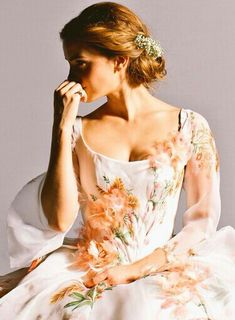 Empire of Emma Watson ♥ Эмма Уотсон Empire of Emma Watson ♥ Emma Watson Celebrities Beautiful Celebrities, Beautiful People, Most Beautiful, Hermione Granger, Emma Watson Stil, Emma Watson Dress, Vestidos Emma Watson, Robes Country, Enma Watson