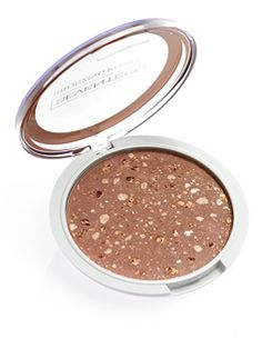 Seventeen Bronzing Powder Now you can get the summer tan you have always dreamt of with the new, compact, pearly Bronzing Powder by SEVENTEEN in 3 attractive Art Of Beauty, Beauty Stuff, Bronzer, Seventeen, Powder, How To Apply, Cosmetics, Face, Compact