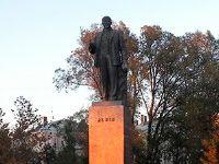 Бердянские депутаты не поддержали снос памятника Ленину #Бердянск #Ленин #Ленинопад