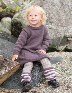 Ravelry: autumn dress : Høstkjole pattern by Marte Helgetun Knitting Designs, Knitting Patterns, Knitting For Kids, Little Ones, Ravelry, Girl Outfits, Turtle Neck, Hipster, Autumn
