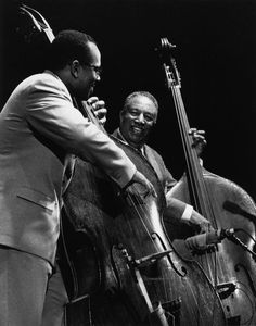 Christian McBride and Ray Brown two of the all-time great jazz bass players. Jazz Artists, Jazz Musicians, Jazz Players, Classic Jazz, Free Jazz, Double Bass, Smooth Jazz, Miles Davis, Music Images
