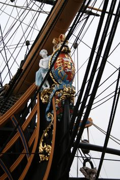 HMS Victory - Figurehead - Nelson's Flagship HMS Victory built in It now resides at Portsmouth, United Kingdom Ship Figurehead, Old Sailing Ships, Hms Victory, Wooden Ship, Pirate Life, Armada, Tall Ships, Royal Navy, Water Crafts