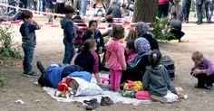 Wir müssen helfen! - Spende jetzt mit reBuy deine Sachen an Flüchtlingsfamilien in Deutschland