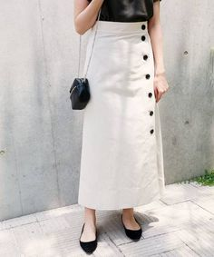 Fantastic 20 Choices Of Long Button Skirts That Make You Look More Fashionable skirt skirt skirt skirt outfit skirt for teens midi skirt Fashion Models, Work Fashion, Hijab Fashion, Fashion Outfits, Women's Fashion, Fashion Trends, Long Skirt Fashion, Long Skirt Outfits, Long Skirts