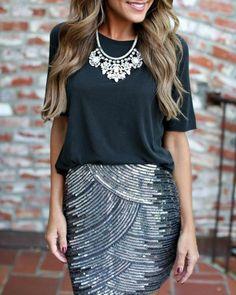 10 festliche damenmode schwarze bluse rock mit glitzer silberne halskette frau