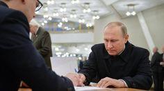Il voto dei russi: la Duma resta nelle mani di Putin