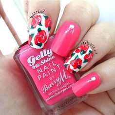 Floral Nails @ yazzied