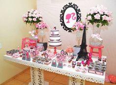 A Barbie é um daqueles temas infantis que jamais sai de moda. Assim como a boneca a decoração de festa infantil ele se reinventa e surgem novas versões para agradar cada vez mais a Paris Themed Birthday Party, Barbie Birthday Party, Barbie Party, 60th Birthday, Birthday Party Themes, Paint Party, Barbie Dolls, Parisian, Ideas Para