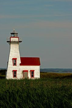 New London Lighthouse, Prince Edward Island, Canada by Sandra Westbrooks The Places Youll Go, Places To Go, Beacon Of Light, Belle Villa, Prince Edward Island, Anne Of Green Gables, To Infinity And Beyond, Le Moulin, Beautiful Places