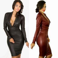 Mujeres con vestidos de cuero