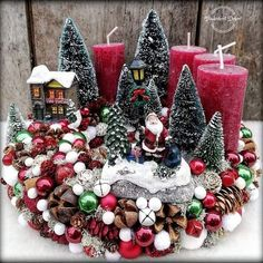 In this DIY tutorial, we will show you how to make Christmas decorations for your home. The video consists of 23 Christmas craft ideas. Christmas Advent Wreath, Christmas Candle Decorations, Christmas Arrangements, Christmas Candles, Christmas Crafts, Frozen Christmas, Large Christmas Baubles, Simple Christmas, Vintage Christmas
