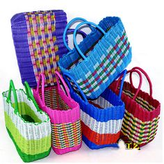 1950's Style Plastic Woven Bag Too Cool Shopping !