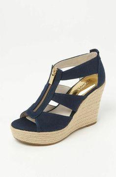trendige-wedges-schuhe-keilabsatz-schuhe-mit-absatz-sandalen-mit-keilabsatz