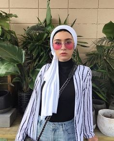 Hijab + Stripe Button Down (y.asmeena)