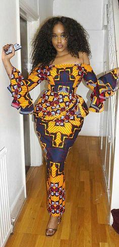Check Out These Kente Vs Ankara Styles - Sisi Couture African Fashion Ankara, African Fashion Designers, Ghanaian Fashion, African Print Fashion, Africa Fashion, African Ankara Styles, Ankara Dress Styles, Nigerian Fashion, Blouse Styles