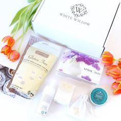 Reviewing White Willow Box for April 2016, Canada's newest and only upscale monthly lifestyle subscription box for women with a stylish flare.