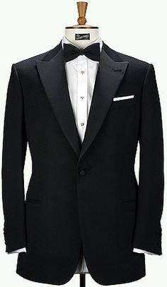 Tuxedo | Techy Tuxedo That Keeps You Looking Good and Dry When You Pop ... #MOMENTUMforbeautifulpeople