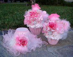 Gorgeous 2 Piece GIANT CUPCAKE CENTERPIECE